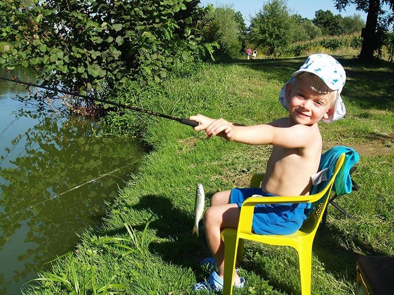 mjesto za upoznavanje i ribolov pero 221 izlazi