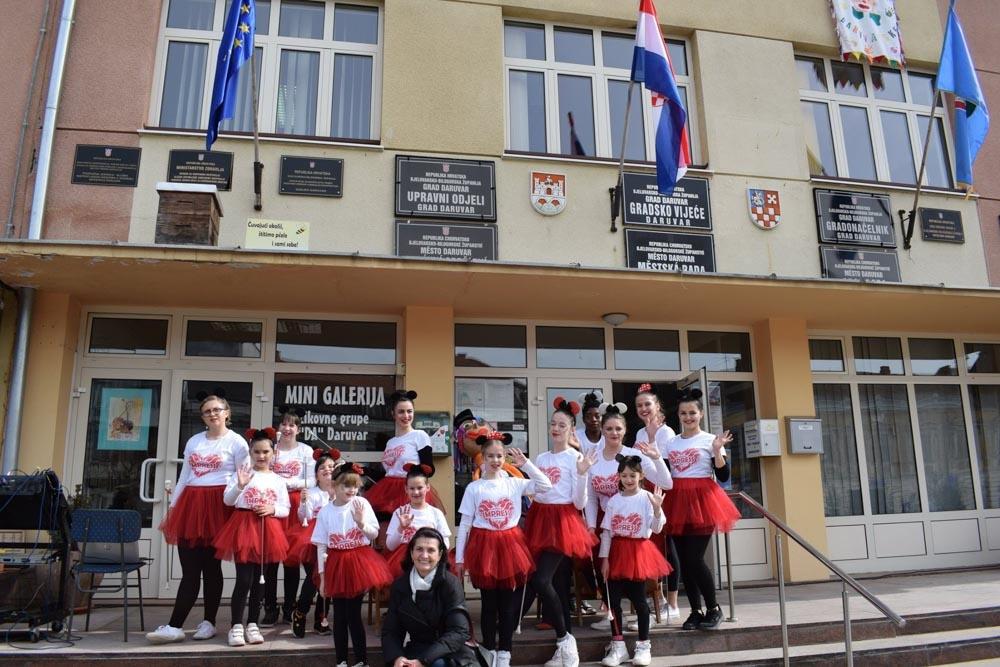 Dating lezbijke u blizini Vinkovci Hrvatska