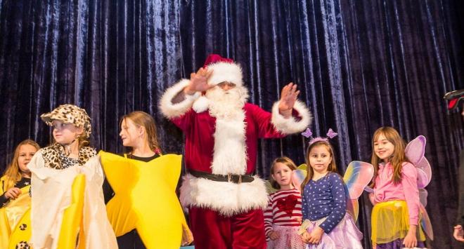 Gradski Djed Mraz podijelio 339 darova
