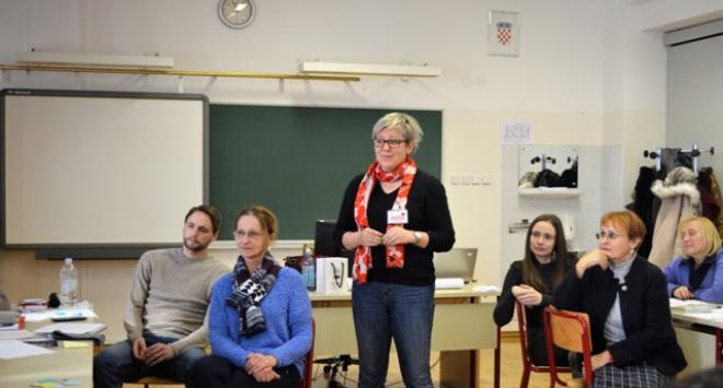 Pedagozi na radionici o kulturi demokracije, izbjeglicama u našim školama i stresu