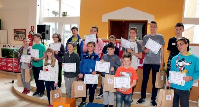 Osamdesetak učenika sricalo riječi na engleskom jeziku u I. osnovnoj školi Bjelovar