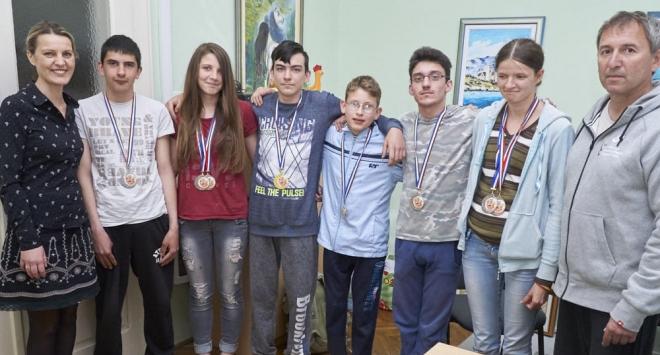 Sedam medalja za bjelovarske učenike iz Pete osnovne škole