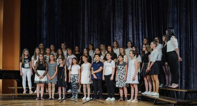 Uspješna školska godina zaokružena završnom priredbom u Domu kulture