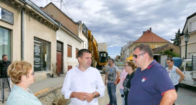 Gradonačelnik obišao gradilište u Kačićevoj