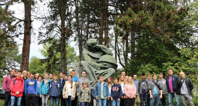 Kreativci iz Tehničke škole Bjelovar u nagradnom posjetu Institutu Ruđer Bošković