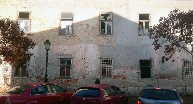 Čitatelj »Zvona« negoduje zbog opasne ruševine preko puta Visoke tehničke škole
