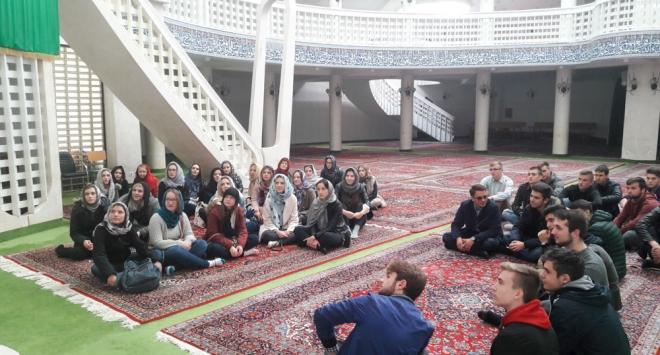 Bjelovarski gimnazijalci posjetili džamiju i sinagogu u Zagrebu