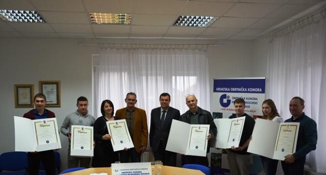 Župan Bajs i predsjednik Obrtničke komore uručili majstorske diplome