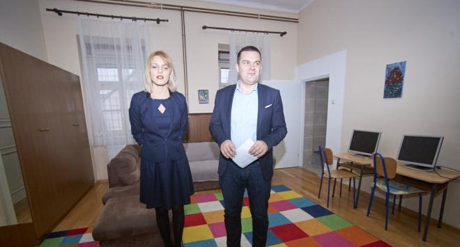 Gradonačelnik Hrebak obišao Petu osnovnu školu