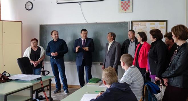 Nakon četrdeset godina Osnovna škola u Novoj Rači kreće u obnovu