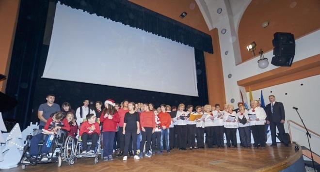 Božićna priredba Pete osnovne škole Bjelovar