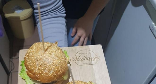 Novost u Pačalinkama – slana palačinka i najjeftiniji Majburger u Bjelovaru
