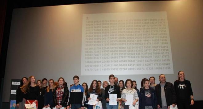 Karolina Kalabek zapamtila 750 znamenki broja Pi i osvojila putovanje u Gardaland