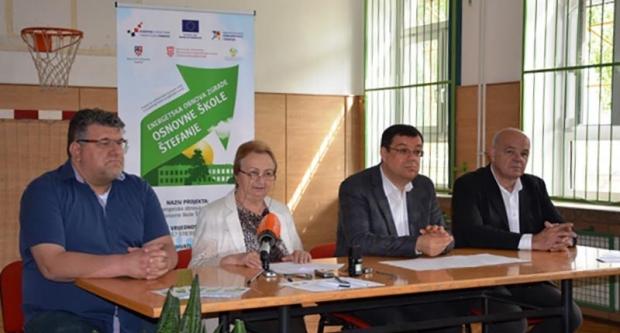 Župan Bajs na konferenciji o obnovi škole u Štefanju