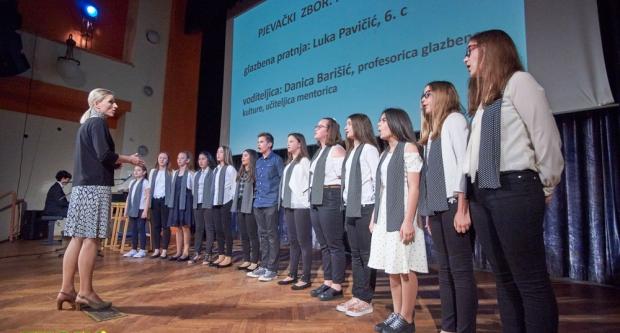 Završna priredba Prve osnovne škole Bjelovar u Domu kulture