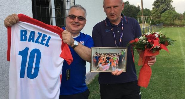Najveći sponzor NK Tomislava vraća se u Švicarsku, igrači mu zahvalili