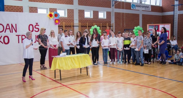 Učenici Osnovne škole Veliko Trojstvo organizirali svečani program za Dan škole