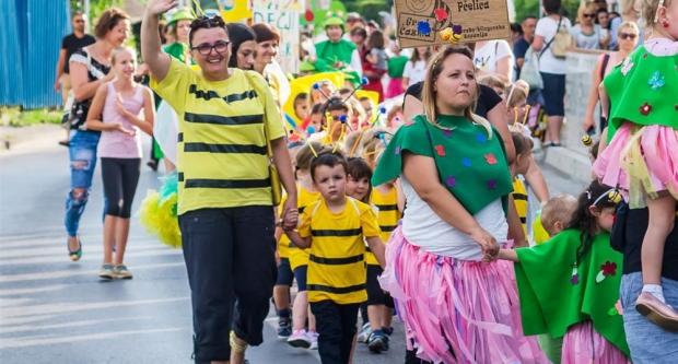 Dječji vrtić Pčelica na 10. Međunarodnom žabarskom karnevalu u Ivanić Gradu
