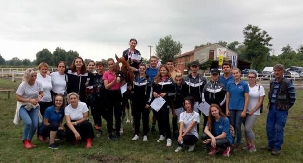 Konjički klub Vinia osvojio dvije medalje
