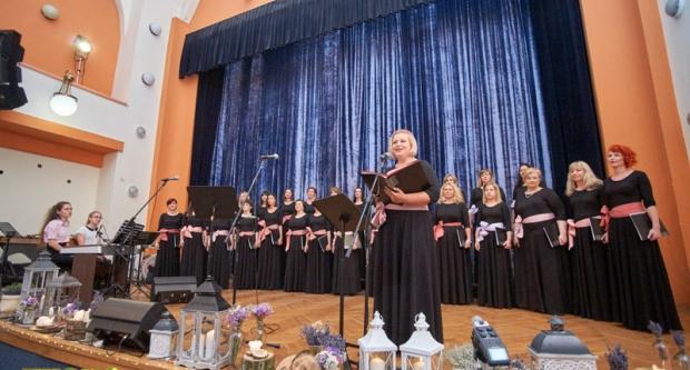 Koncert zbora Vox feminae u Domu kulture