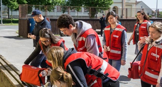 Vježba evakuacije i spašavanja u V. osnovnoj školi Bjelovar